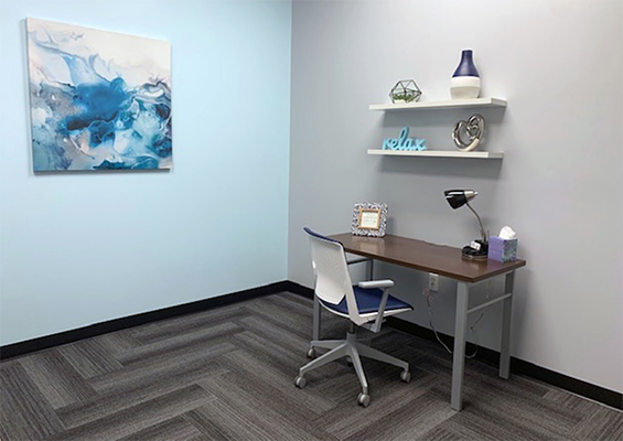 Chiropractic Millard NE Treatment Area Desk